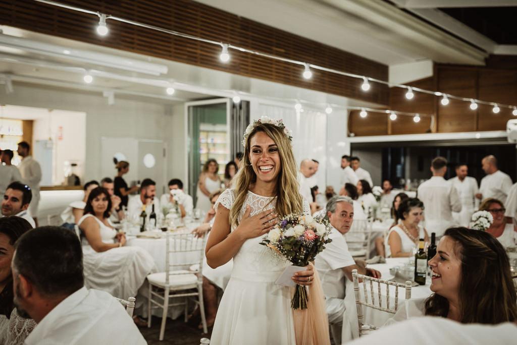 Catering nupcial para boda en la playa con estilo mediterráneo en Btakora Lounge Restaurant de Barcelona | Juanjo Vega, Fotógrafo de bodas en la playa en Barcelona, Tarragona y Girona